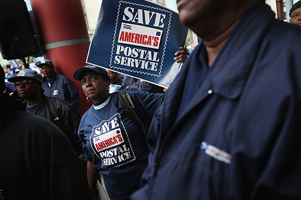 Postal Worker Unions Organize Day Of Nation Wide Rally To Save Offices And Jobs
