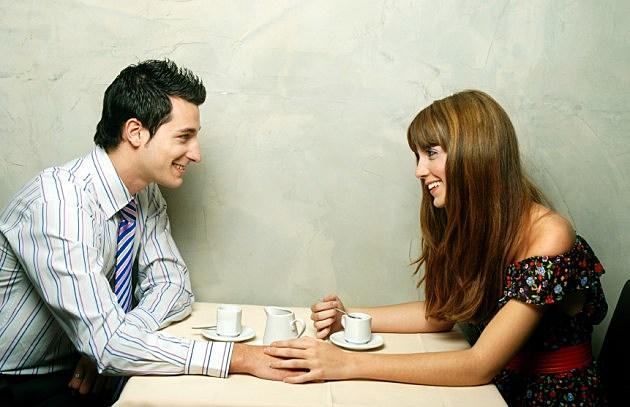 happy_couple_dinner2 (1)