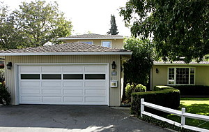 MENLO PARK, CA - OCTOBER 02:  The home where Google co-founders Larry Page and Sergey Brin rented the garage 8 years ago to set up Google is seen October 2, 2006 in Menlo Park, California. Reportedly, Google purchased the 1,900 square foot house where they used to rent out the garage from Susan Wojcicki for $1,700 a month.  (Photo by Justin Sullivan/Getty Images)