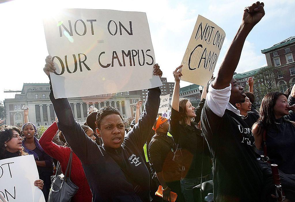 USA  college evacuated due to campus 'threat'